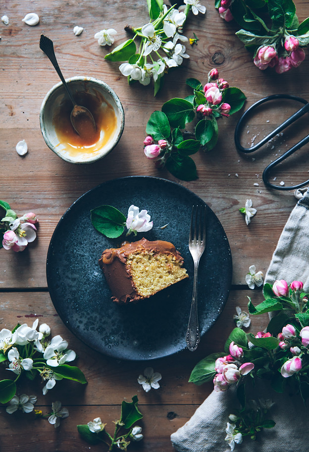 Gluten Free Almond Cake With Chocolate Fudge Frosting