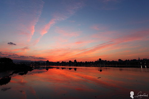 cloud sunrise canon taiwan taipei 台灣 台北 日出 ef1740 火燒雲 eos5d2 忠孝碼頭