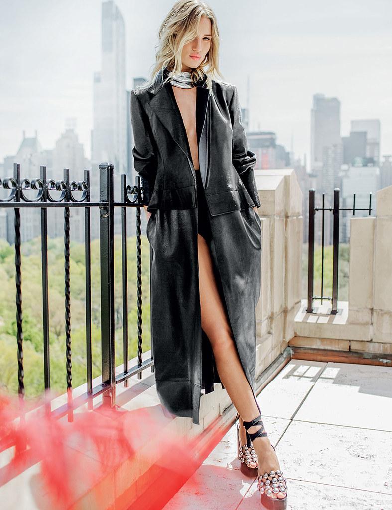 Роузи Хантингтон-Уайтли — Фотосессия для «Vogue» TH 2016 – 7