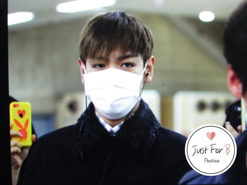 TOP Arrival Seoul from Tokyo 2015-111-03 (7)