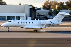 XOJET   Bombardier Challenger 300   N550XJ   Santa Monica