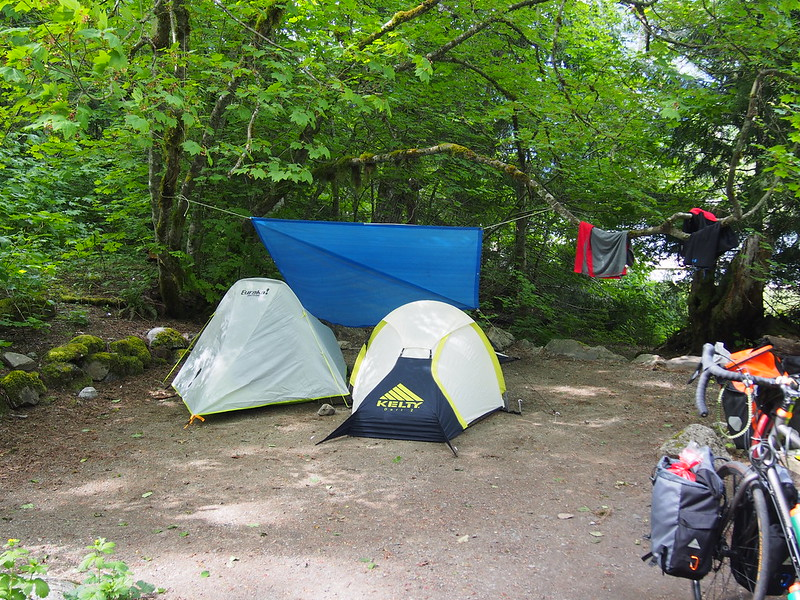 Tents at Colonial Creek Campground