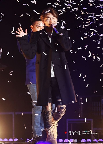GDREIRA G-Dragon TOP GAON Awards 2016-02-17 (47)