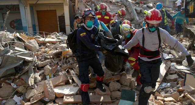 0001cuador-earthquake-0418-super-169