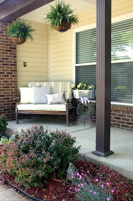 Front_Entire-Porch