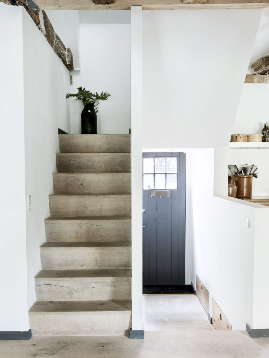 Scandinavian Hose with Rustic Vibe