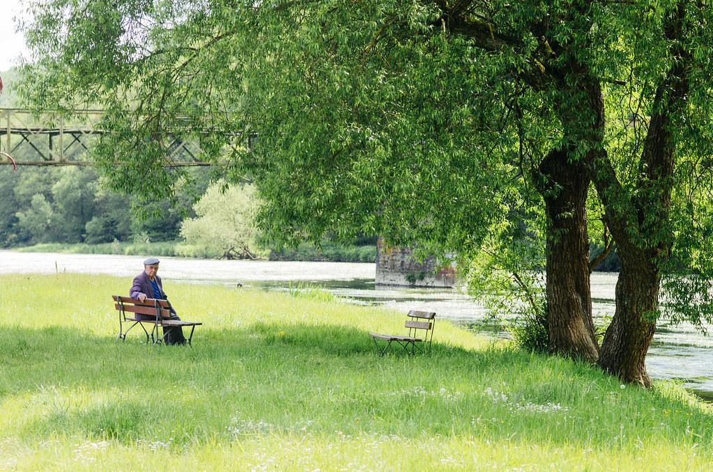 Tourisme vert en France -Ardennes - Au bord de la Semoye
