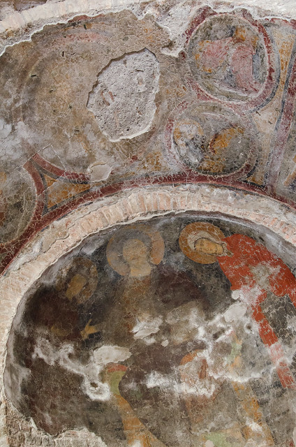 20150518-Rome-Roman-Forum-Temple-of-Romulus-0218