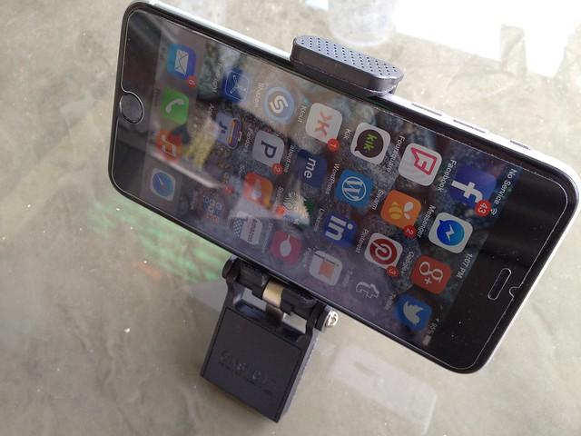FlipMount - iPhone 6 plus - 1