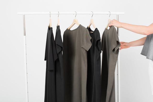 Essential-dresses-capsule-wardrobe