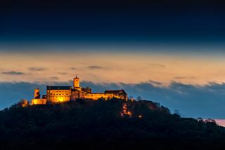 Gambar dari Wartburg dekat Eisenach. blue hour wartburg eisenach blaue stunde