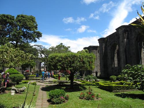 Cartago: les ruines d'une église transformée en parc