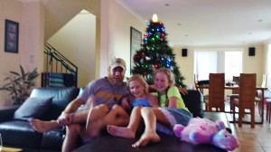 Tom hanging with the 2 youngest girlies!