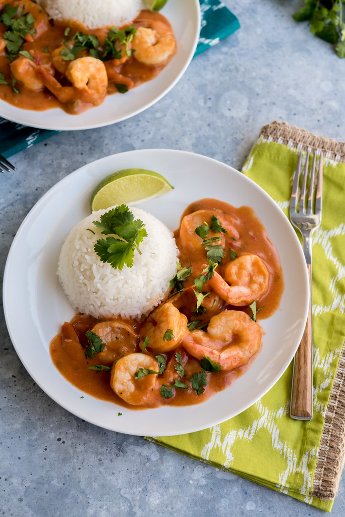 Cuban Shrimp Coconut Sofrito with Rice www.pineappleandcoconut.com