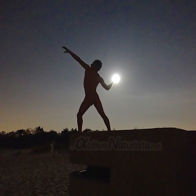 night naturist 0002 Sandy Hook, NJ, USA