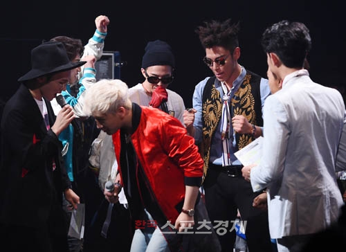 Big Bang - Mnet M!Countdown - 07may2015 - Sporbiz - 01