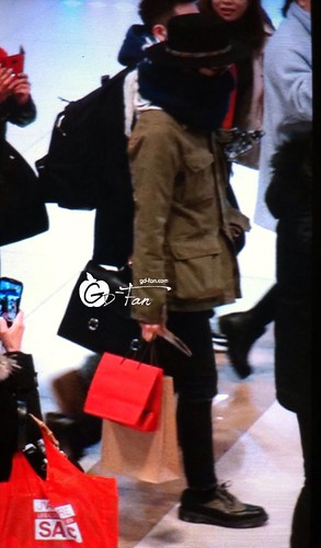 Big Bang - Gimpo Airport - 27feb2015 - G-Dragon - GD Fan - 01