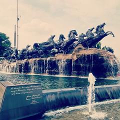 게으른 여행자의 오후 도심 산책 #Travel #Jakarta #Indonesia #Statue #Fountain