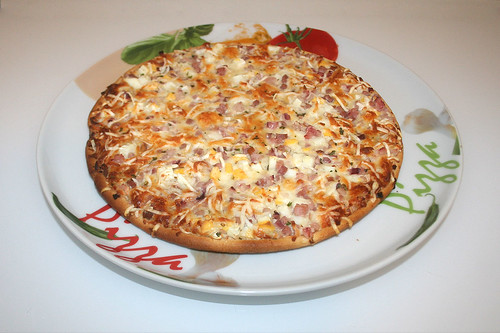 06 - Dr. Oetker Ristorante Pizza Carbonara - Fertig gebacken / Finished baking