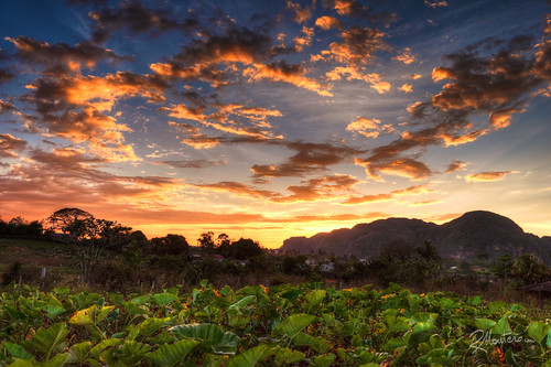 travel sunset sky colors clouds cuba vinales mogotes mantero riccardomantero potd:country=it