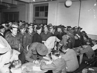 Servicemen waiting to vote in the 14 Powers Referendum at Brisbane City Hall, 1944