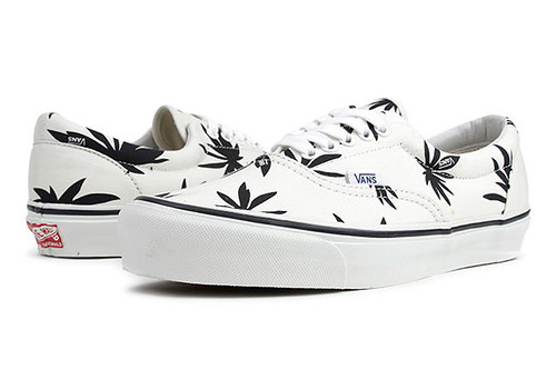 THE RADDEST WEED THEMED SNEAKERS 4