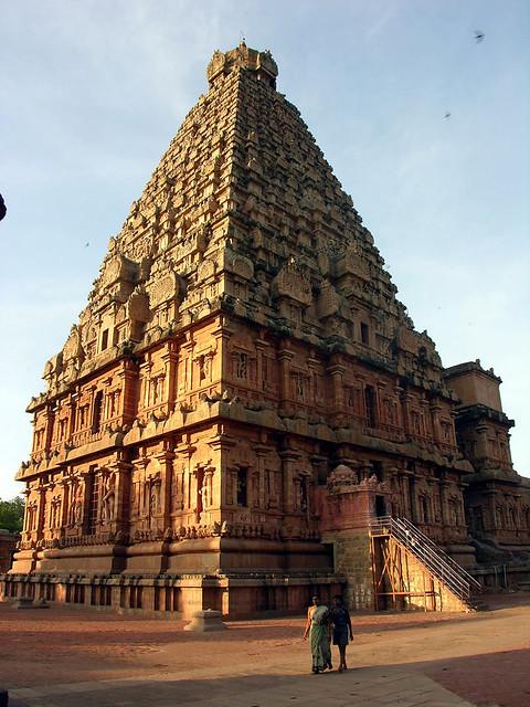 Torre del Sanctasanctorum del templo de Brihadesvara