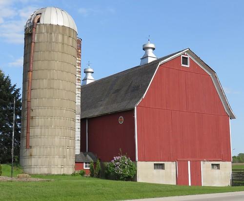 Three Bay Dairy Barn (Dodge County, Wisconsin)