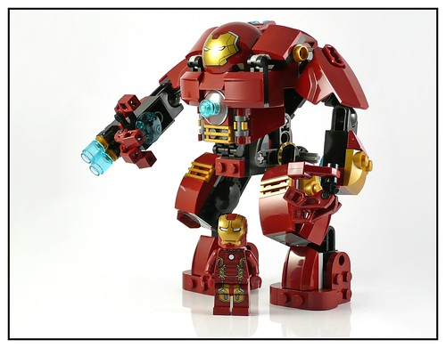LEGO 76031 The Hulk Buster Smash 15