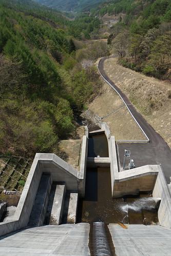 余地ダム(長野)