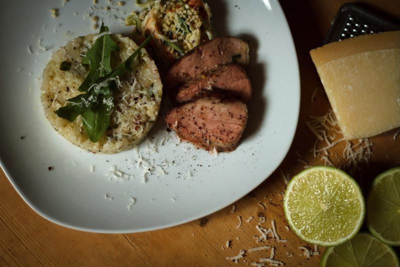 rucola_risotto_zucchini_salat_limette