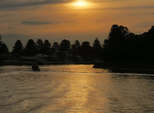Port Fairy from Griffiths Island April 2015 24