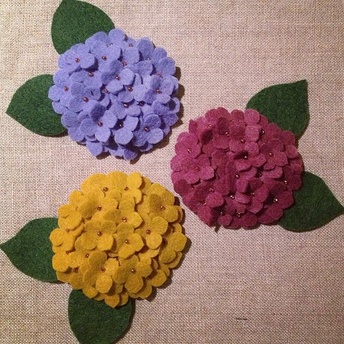 Sewing like crazy to have a nice little selection of mini hydrangeas available this weekend at @artstarphilly Craft Bazaar! #migrationgoods #handsewn #felt #hydrangea #flower #artstarcraftbazaar