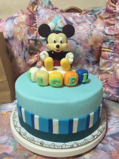 Mickey Mouse Cake Made of Fondant by Angela Pascual