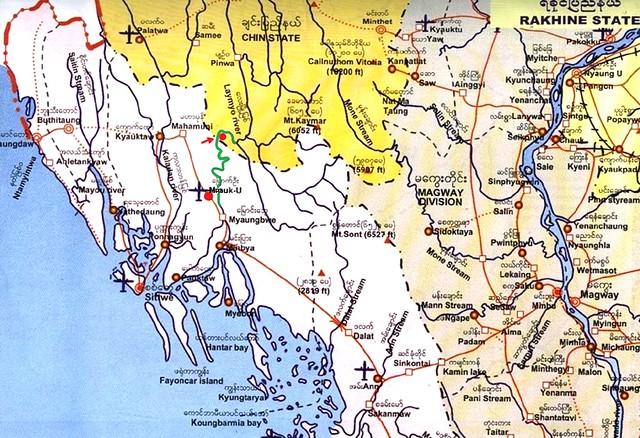 PICT0340/Burma/Myanmar/ Chin State/ Chin Village Lemro River way from Mrauk U