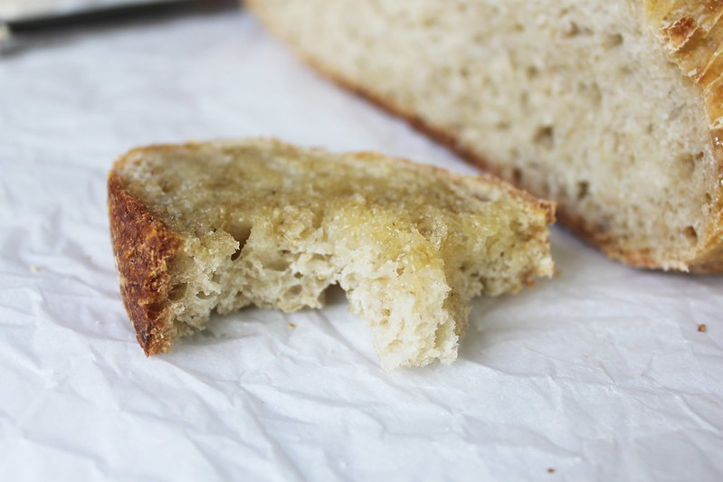 No-knead oatmeal bread-IMG_7191