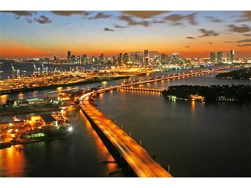 2013 Y/E Stats for South Beach Condo Index – South of Fifth Condos