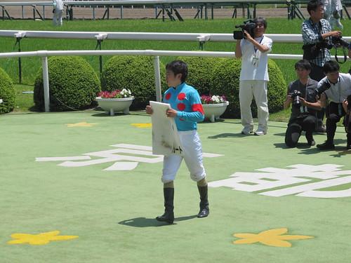 京都競馬場での松若風馬騎手