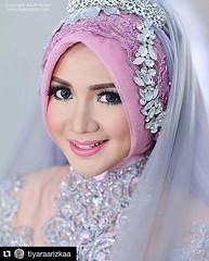 #Repost @tiyaraarizkaa with @repostapp ・・・ Wedding photo for @tiyaraarizkaa & @ommuzid at Jepara Jawa Tengah. Wedding photo by @adamvalian (@poetrafoto wedding photographer team), http://wedding.poetrafoto.com 👍😍😘☺