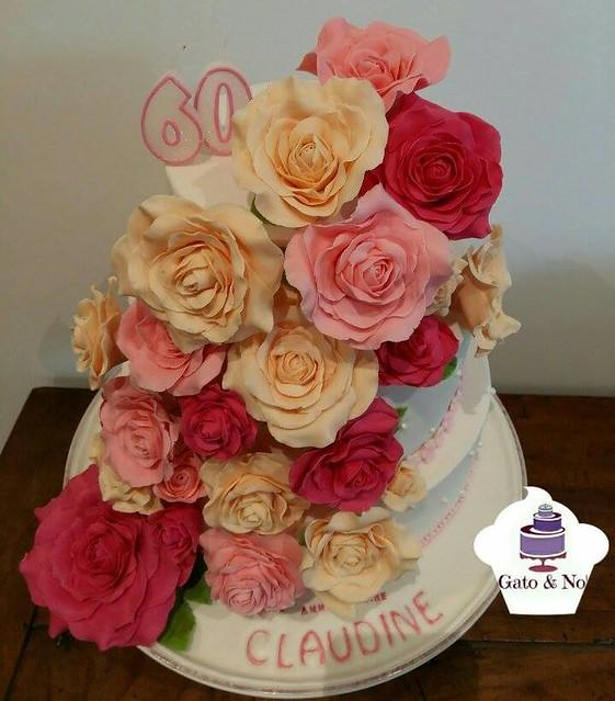 Floral Cake by Noemie Moors