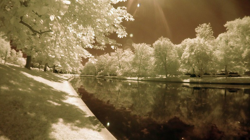178/366/2016 East Hampton Town Pond Infrared
