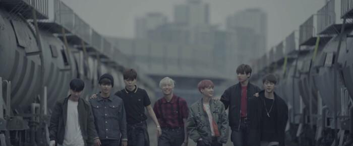 BTS volta como novo mini-álbum e MV da faixa I Need U