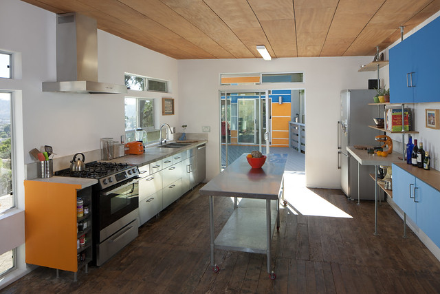Sustainable Kitchen - Recycled Wood Flooring and Ceiling