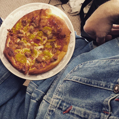 I ate the whole thing and I don't feel the slightest bit of remorse. #pizza #yum