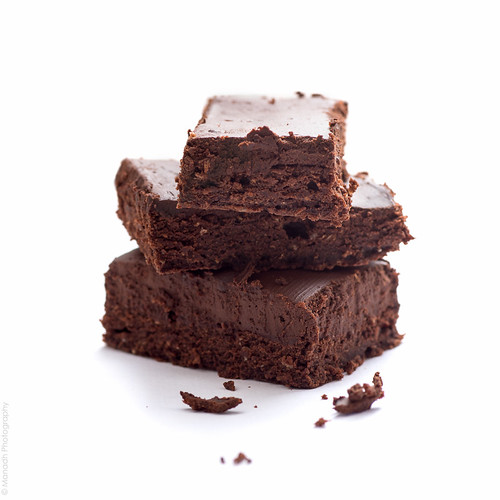 Fudgy dark chocolate brownies // 02 05 15