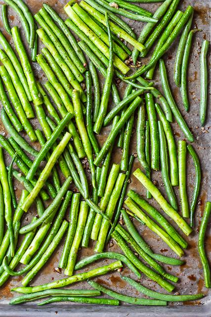 Balsamic Roasted Green Beans