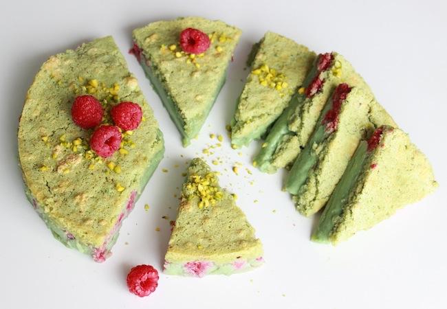 Gâteau_magique_pistache_framboise_la_rochelle_1
