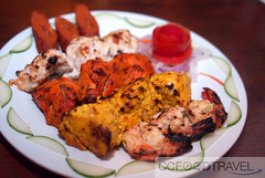 breakfast(0.0), brochette(0.0), tandoori chicken(0.0), meal(1.0), fried food(1.0), chicken tikka(1.0), meat(1.0), produce(1.0), food(1.0), dish(1.0), kebab(1.0), cuisine(1.0), souvlaki(1.0), grilled food(1.0),