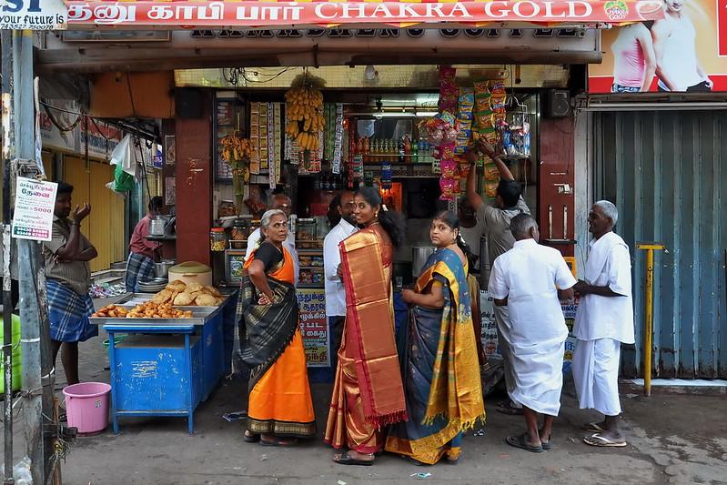 India - Tamil Nadu - Madurai - Streetlife - 156