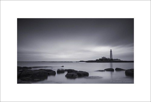 old sea england bw cloud lighthouse seascape monochrome st rock canon landscape eos mono bay michael big long exposure tide north palmer tyne wear east national le lee 7d nd trust usm filters grad hartley graduated stopper polariser whitley mary's f28l ef1735mm
